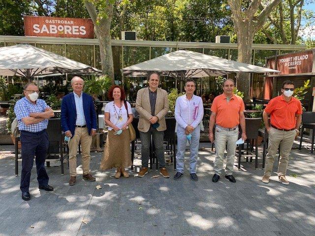 Miembros de FESVET con el Presidente y S.G. de CGCV _baja