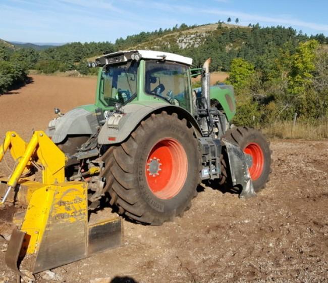 Agrimax Fortis, el neumático de BKT para tractores de alta potencia que trabajan en terrenos rocosos