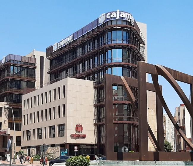 Cajamar aumenta sus resultados en 57 M€ en el primer semestre del año