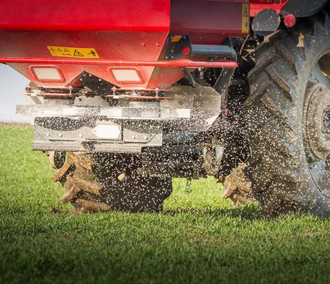 """COPA-Cogeca pide a la CE deshacer medidas """"antidumping"""" ante los altos precios internos de los fertilizantes tipo UAN"""