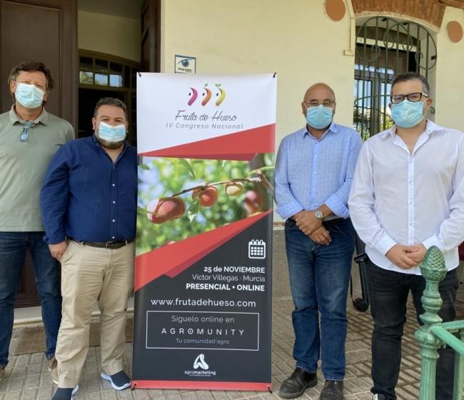 En marcha el IV Congreso Nacional de Fruta de Hueso en Murcia