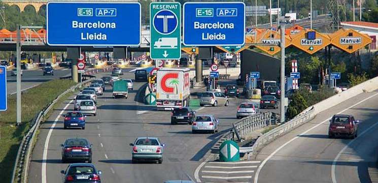 AECOC denuncia la prohibición de circular vehículos de transporte por la AP-7 en Cataluña