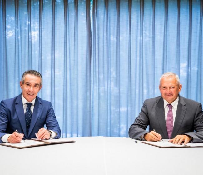 CaixaBank y Cooperativas Agro-alimentarias de España renuevan su acuerdo