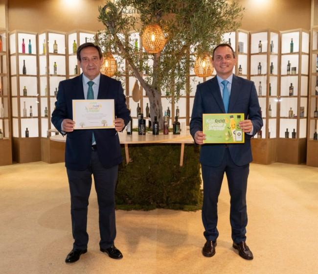 Más de 120.000 niños de 700 colegios de España tendrán menús escolares elaborados solo con aceites de oliva