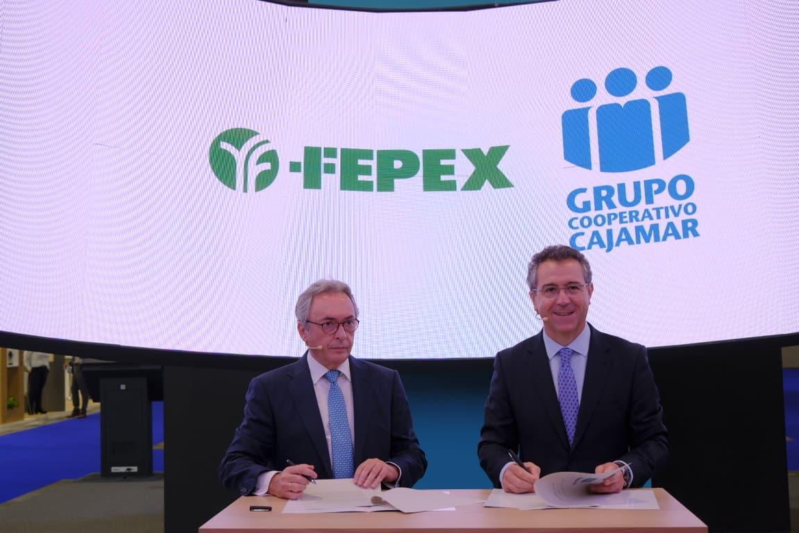 Cajamar y FEPEX renuevan su compromiso para potenciar las exportaciones hortofrutícolas