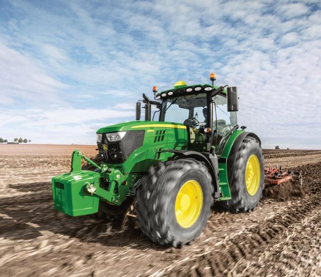 John Deere destaca cinco aspectos clave a la hora de comprar un nuevo tractor
