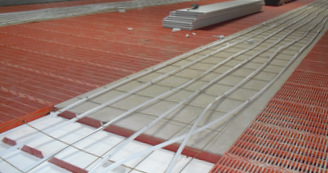 Calefacción de instalaciones de porcino con suelo radiante de agua caliente