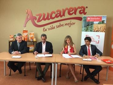 Banco Santander y Azucarera firman un acuerdo para anticipar el cobro de remolacha