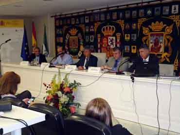 Las cooperativas olivareras debaten sobre integración y colaboración en Sevilla